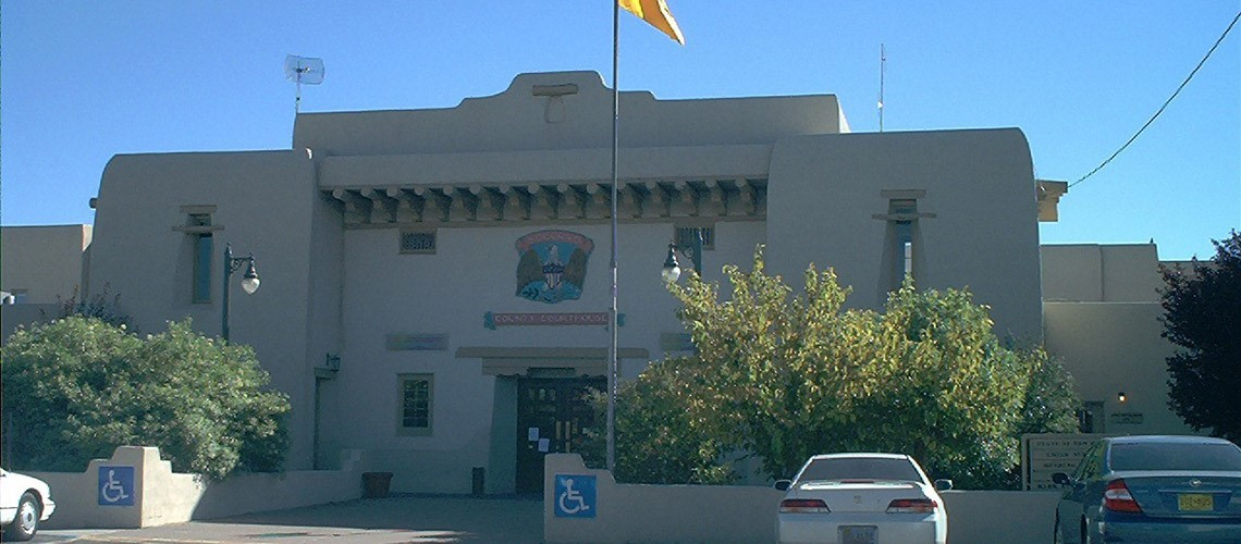 A picture of the front of the Socorro County Courthouse